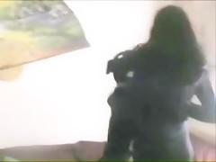 rubia violada por un perro