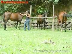 Rubiaza Hot fucking horse