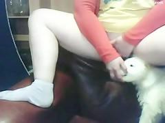 Dos Japonesas cachondas liadas con el perro