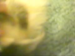 Zoofilia, gozando la enorme verga de un caballo